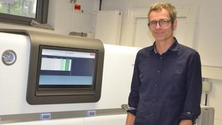 Ulrich Nübel and his sequencer PacBio RSII
